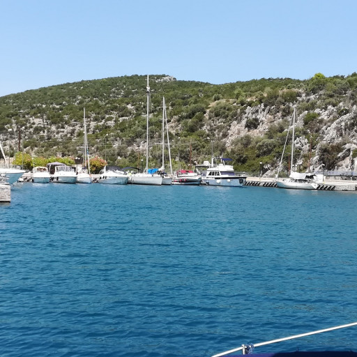 Anchorages and marinas in Argolida