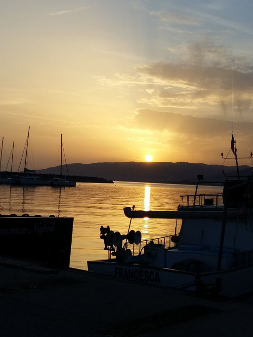 Anchorages and marinas in Italy