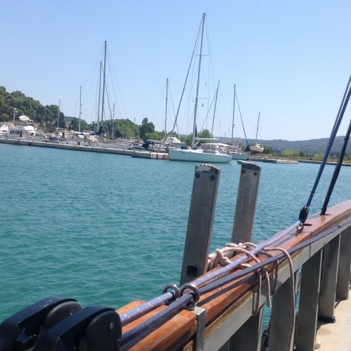 Anchorages and marinas in Kefallonia