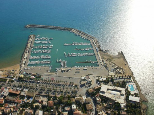 Anchorages and marinas in Sicily