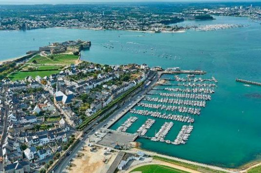Anchorages and marinas in Bretagne