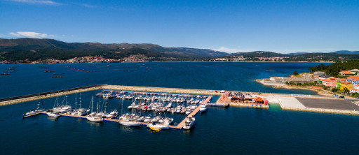 Anchorages and marinas in Galicia