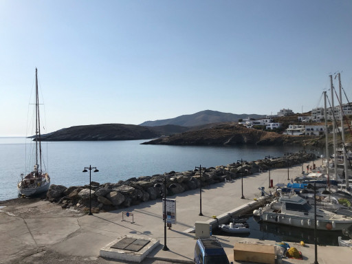 Anchorages and marinas in Kea Kithnos