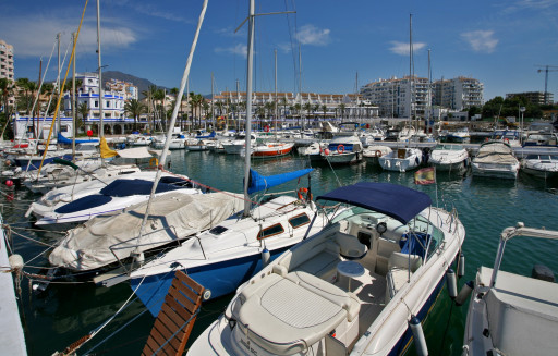 Anchorages and marinas in Málaga